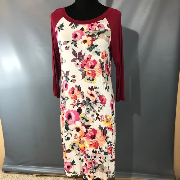 Reborn J Dresses & Skirts - Stretchy Floral Baseball Tee Dress 3/4 Sleeves L